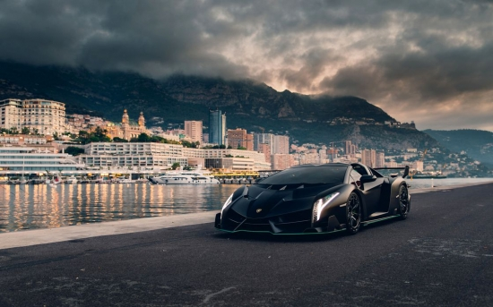 Превью Lamborghini Veneno Roadster-what does a car worth 5 million euros look like?